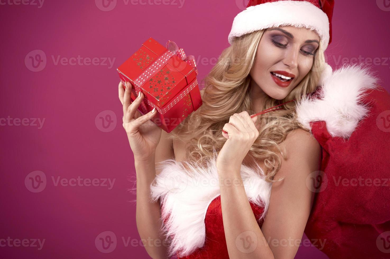le sac est trop petit pour tous les cadeaux photo