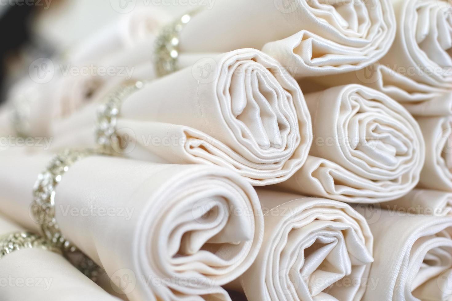définir des serviettes avec des anneaux photo