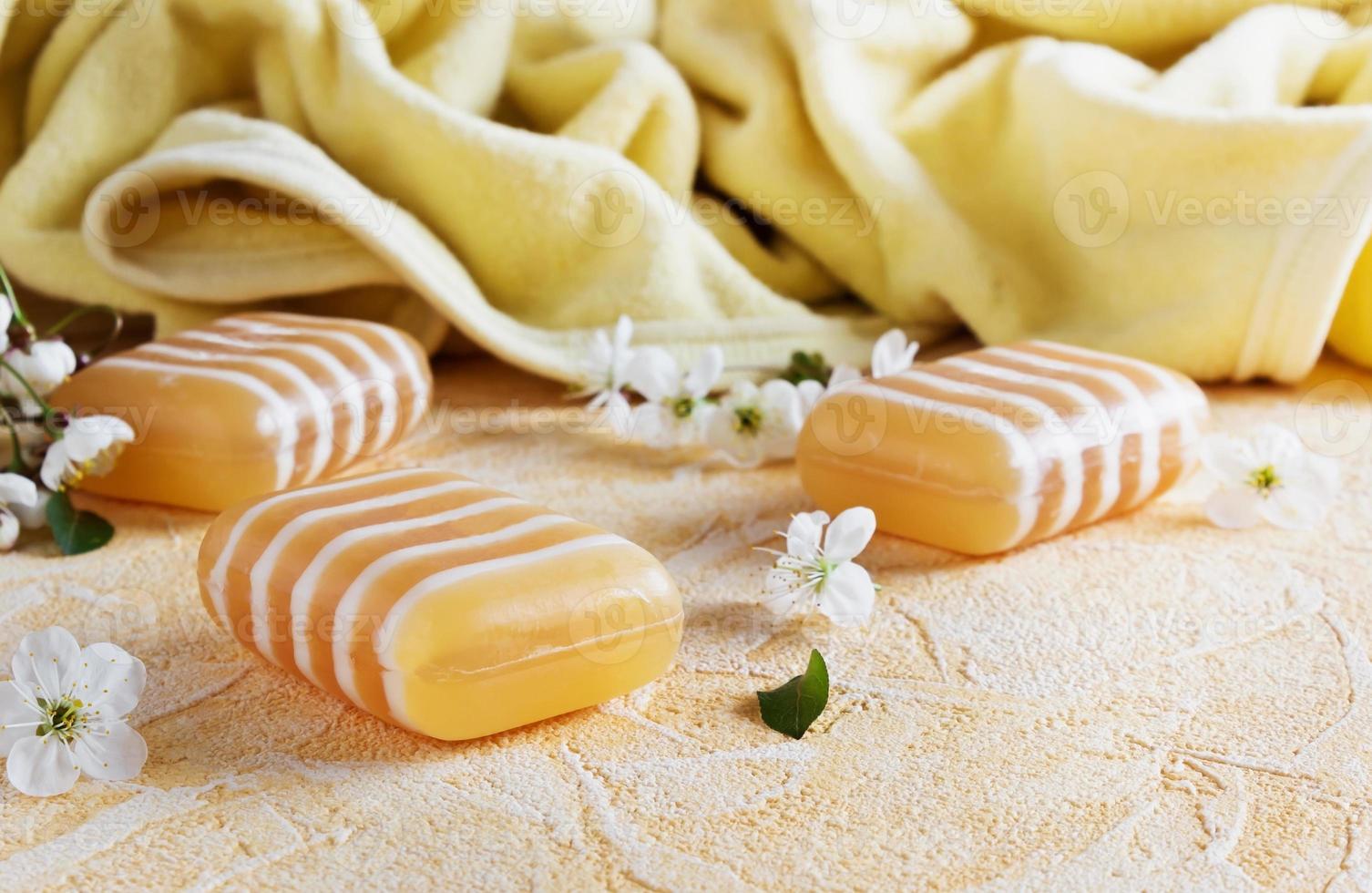 barres de savon à la glycérine photo