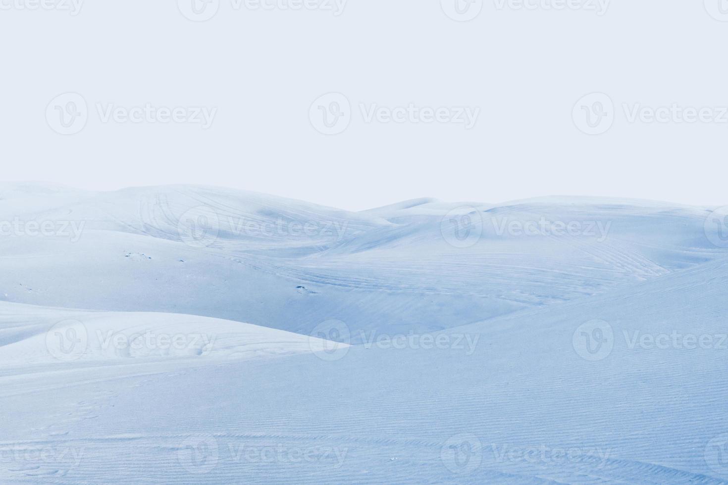 désert arctique. paysage d'hiver avec des dérives de neige. photo