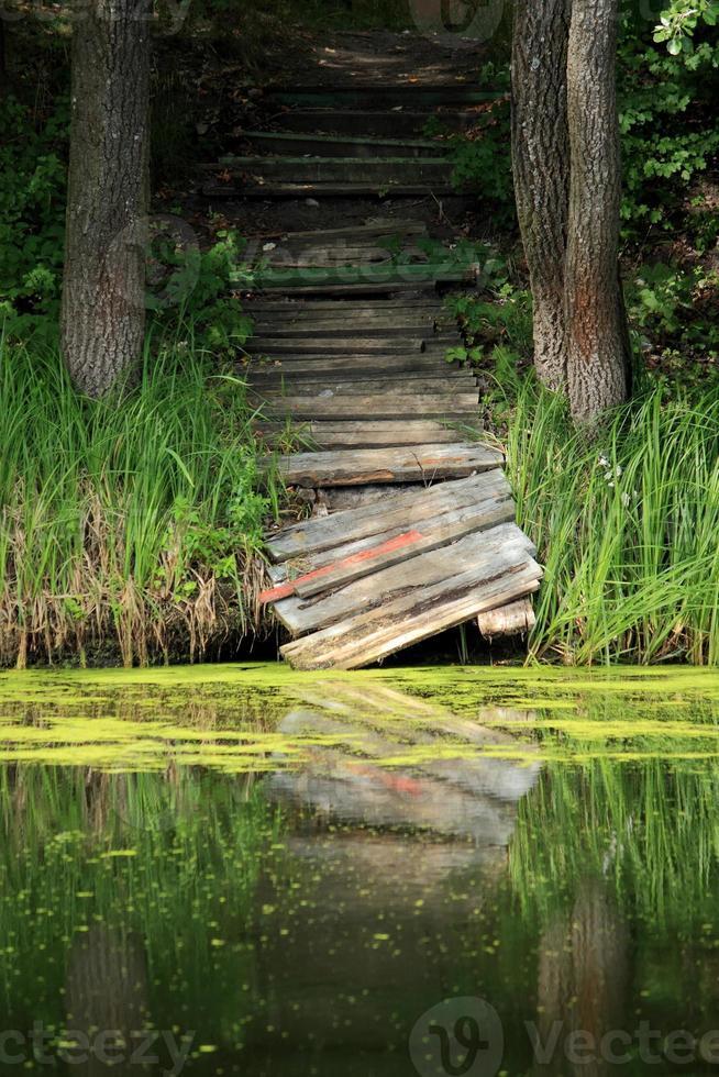 pont cassé photo