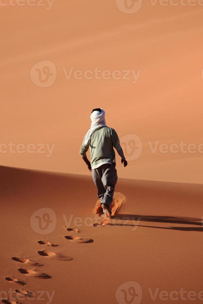 touareg in der sahara photo