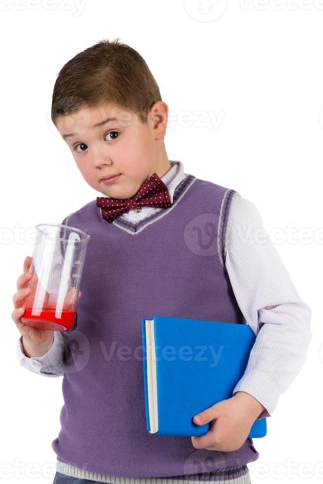 garçon avec des livres pour une éducation photo