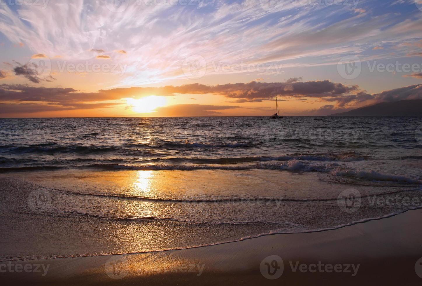 coucher de soleil à maui, hawaii photo