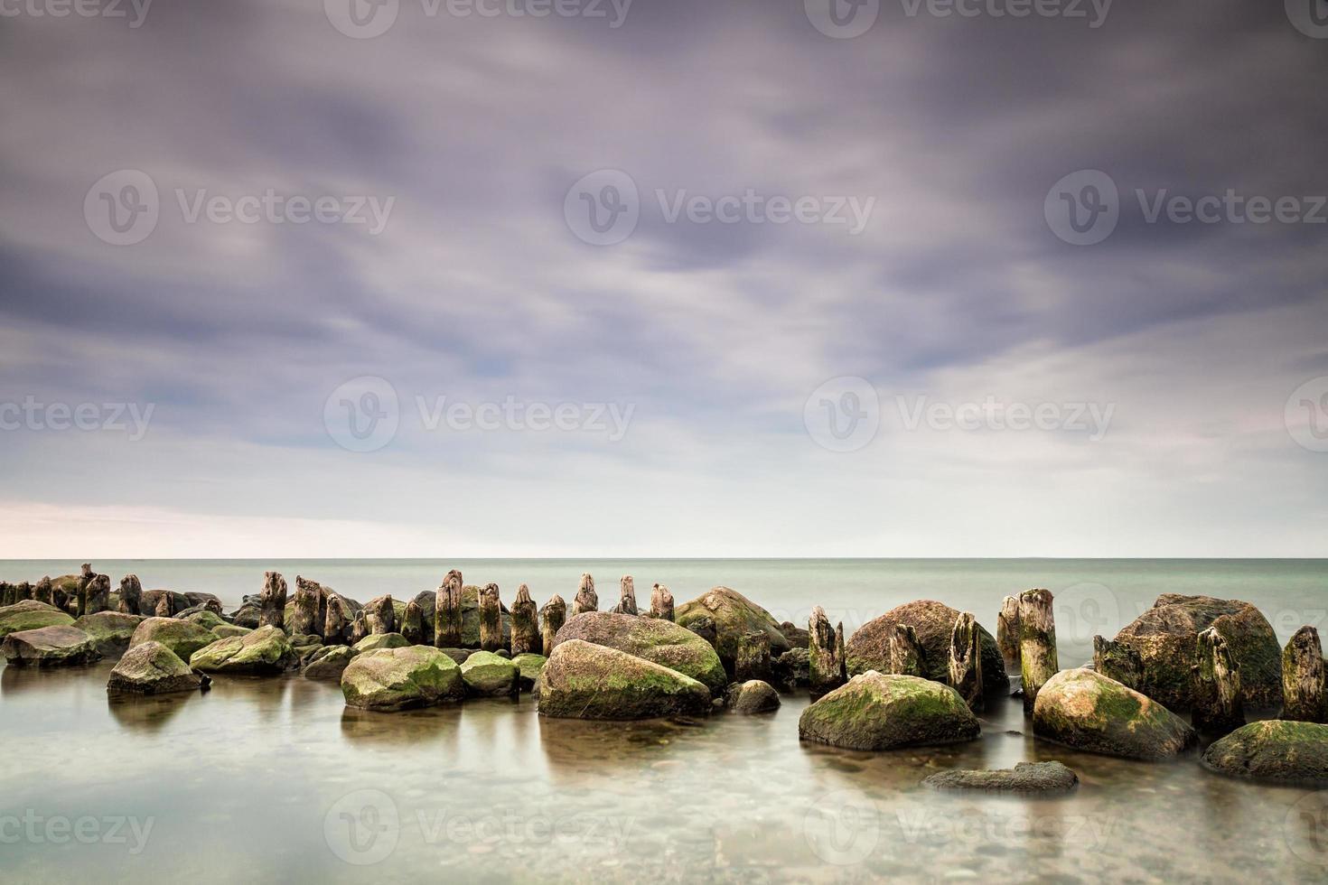 épis sur la mer baltique photo