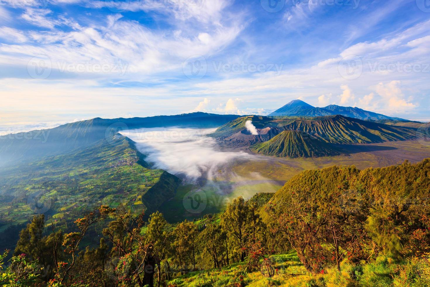 Mont Bromo, volcan East Java, Surabuya, Indonésie photo