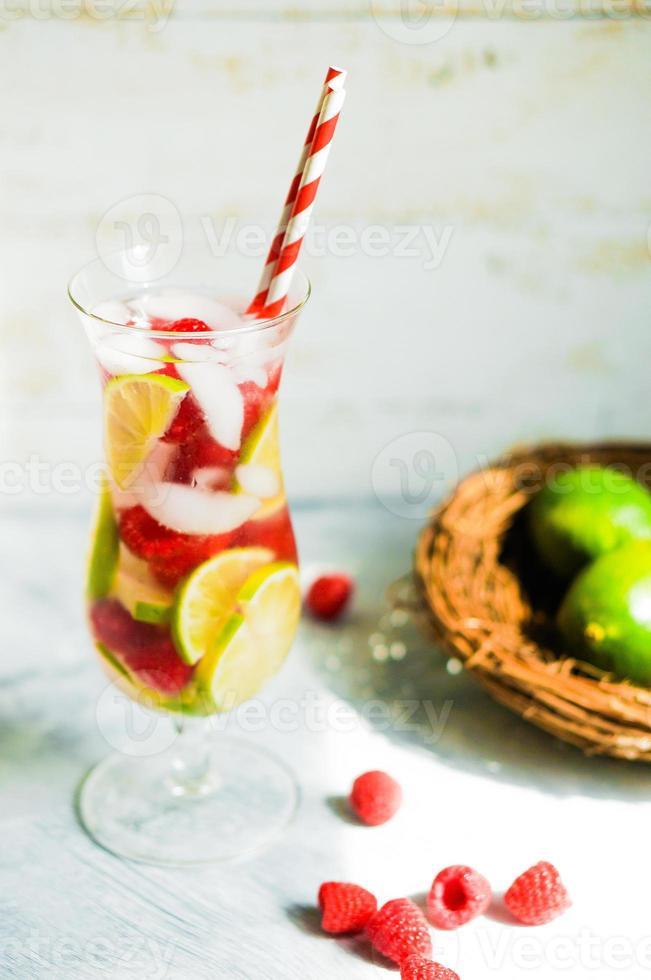 cocktail d'eau détox photo