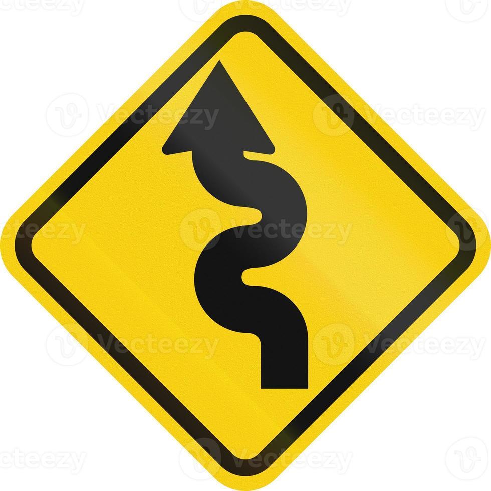 route sinueuse à gauche en colombie photo