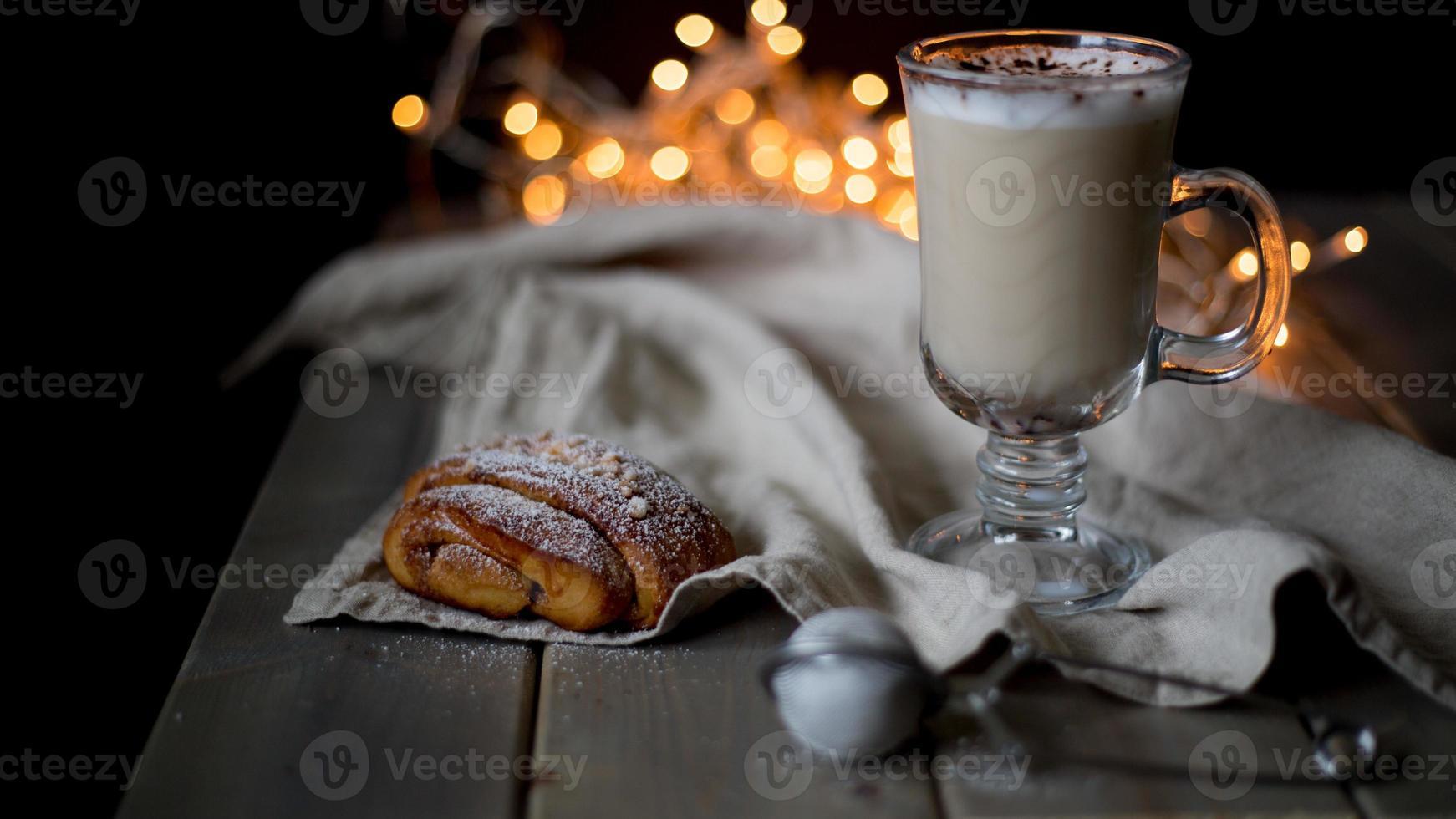 petits pains au chocolat chaud et à la cannelle photo