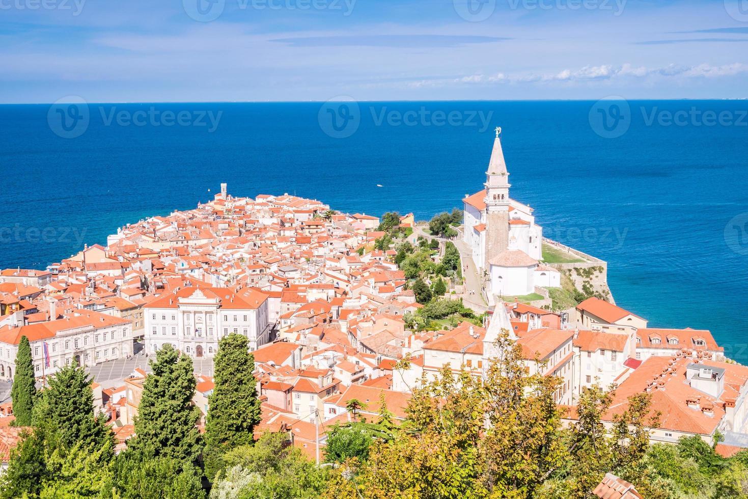 Panorama du magnifique piran, slovénie photo