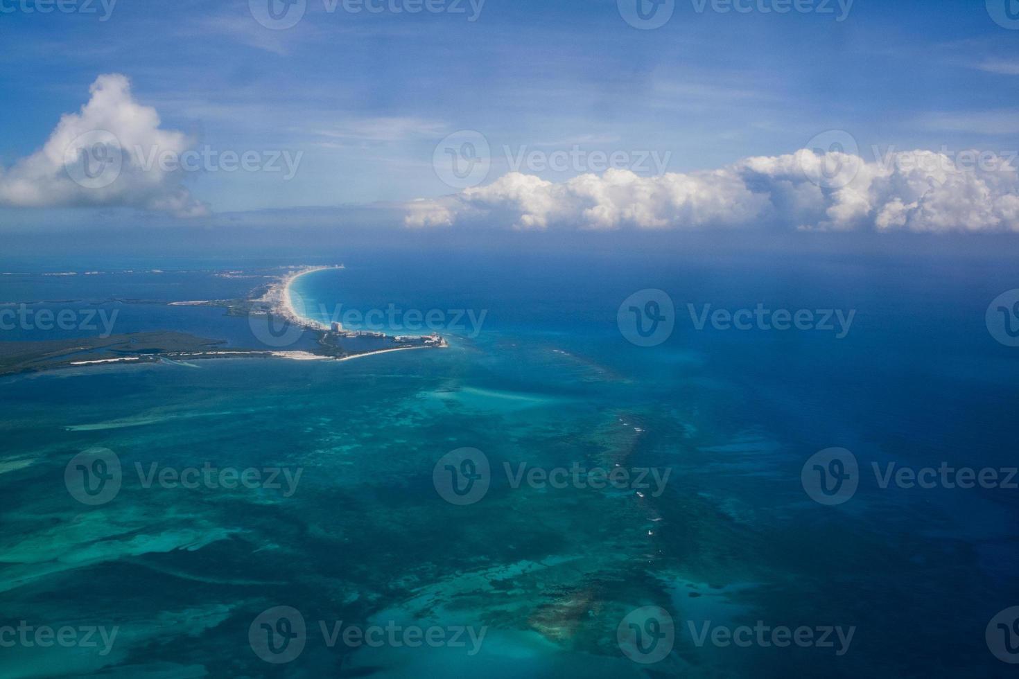 Vue aérienne sur cancun, mexique photo