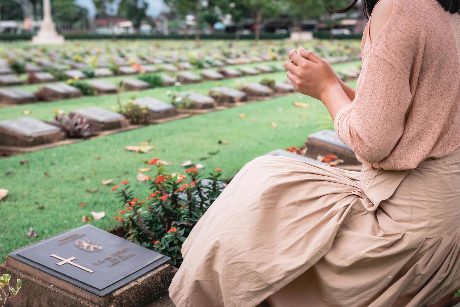 gros plan, de, religieux, chrétien, femme priant photo