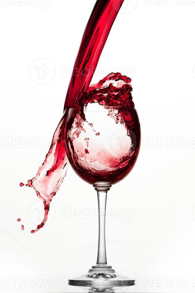 éclaboussure de vin rouge photo
