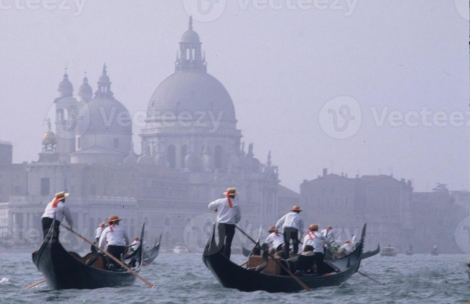 gondoliers de Venise photo