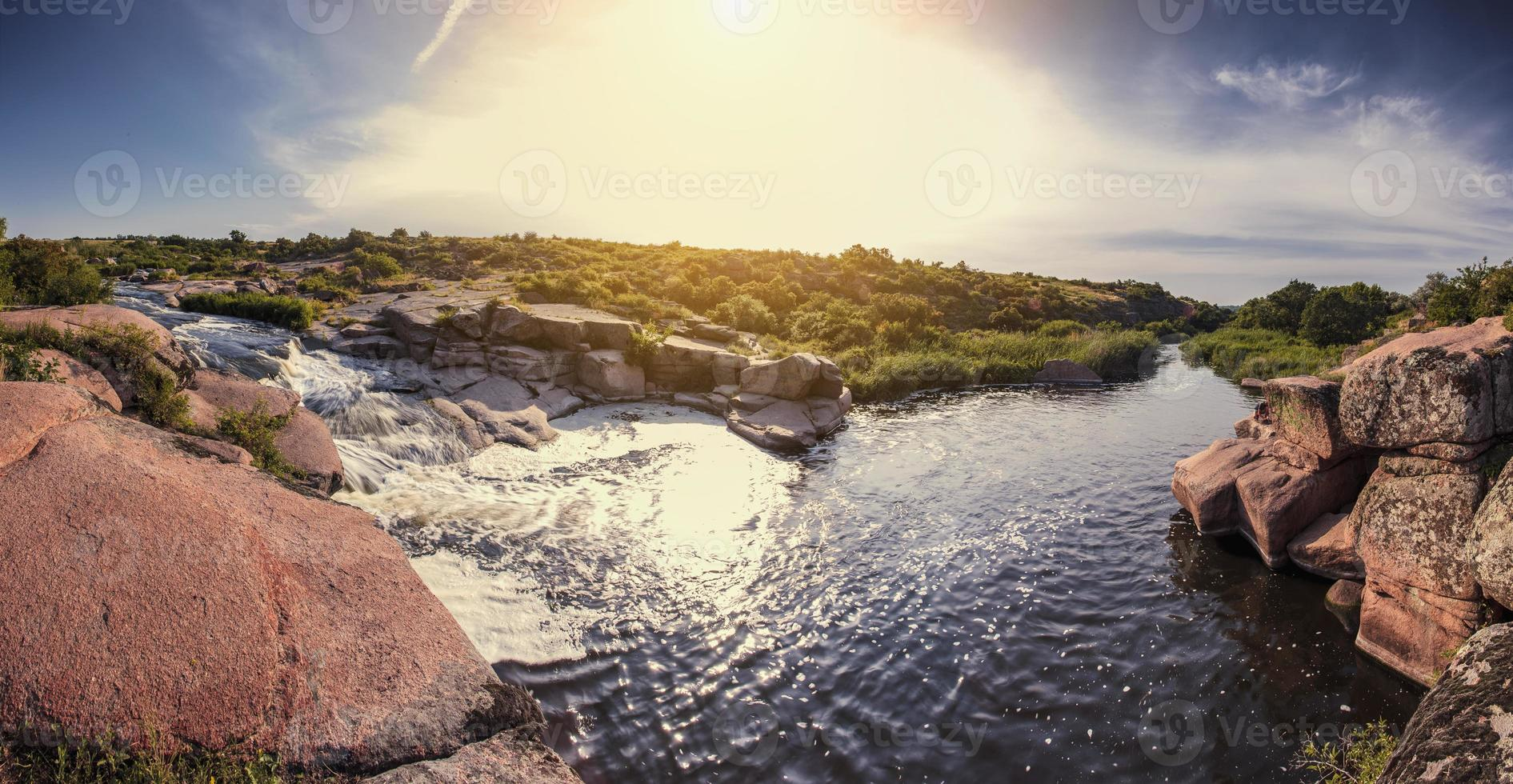 lever du soleil, cascade photo
