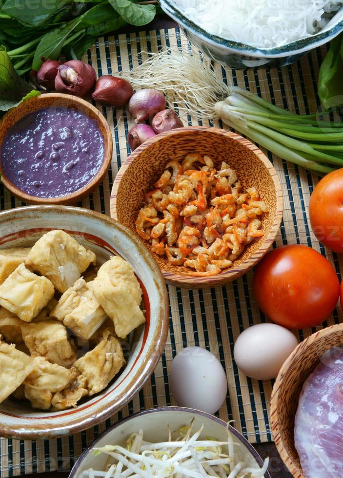 nourriture vietnamienne, bun rieu, bunrieu, vietnam manger photo