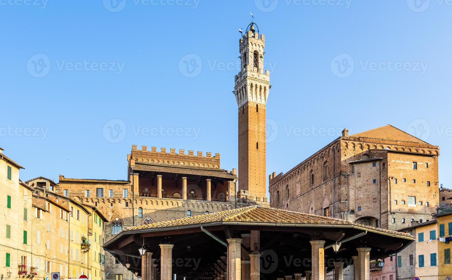 Vieille ville historique de Sienne, Italie photo
