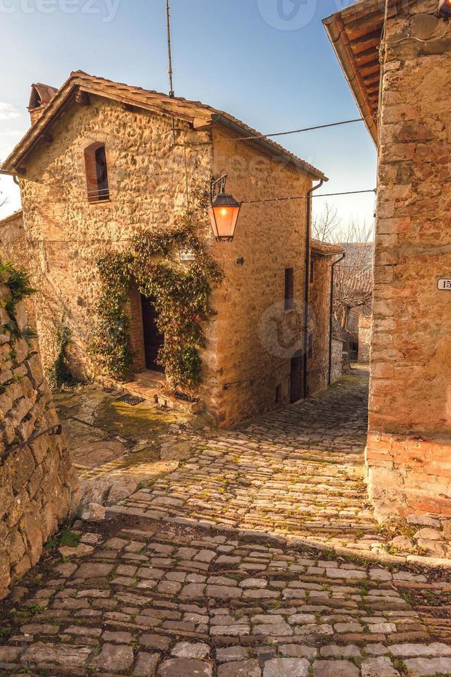 vieille ville abandonnée en italie photo