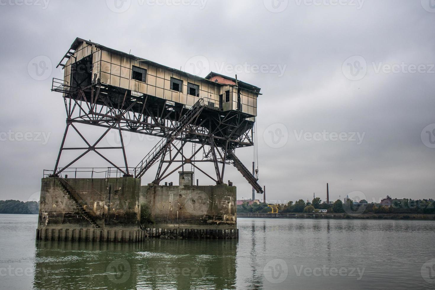 quai abandonné photo