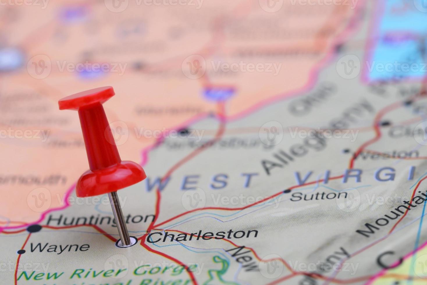 charleston épinglée sur une carte des états-unis photo