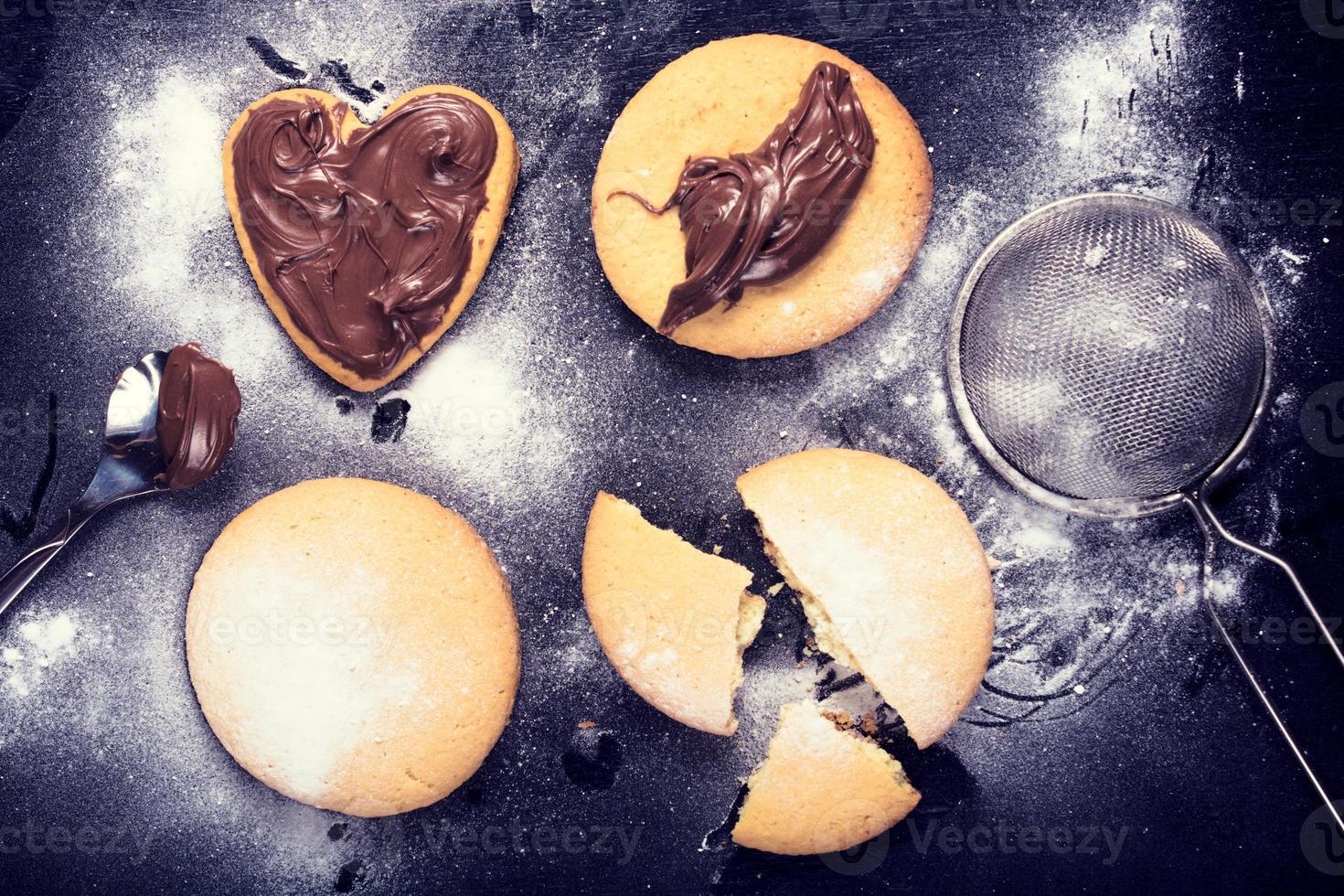 biscuits au chocolat fondu photo