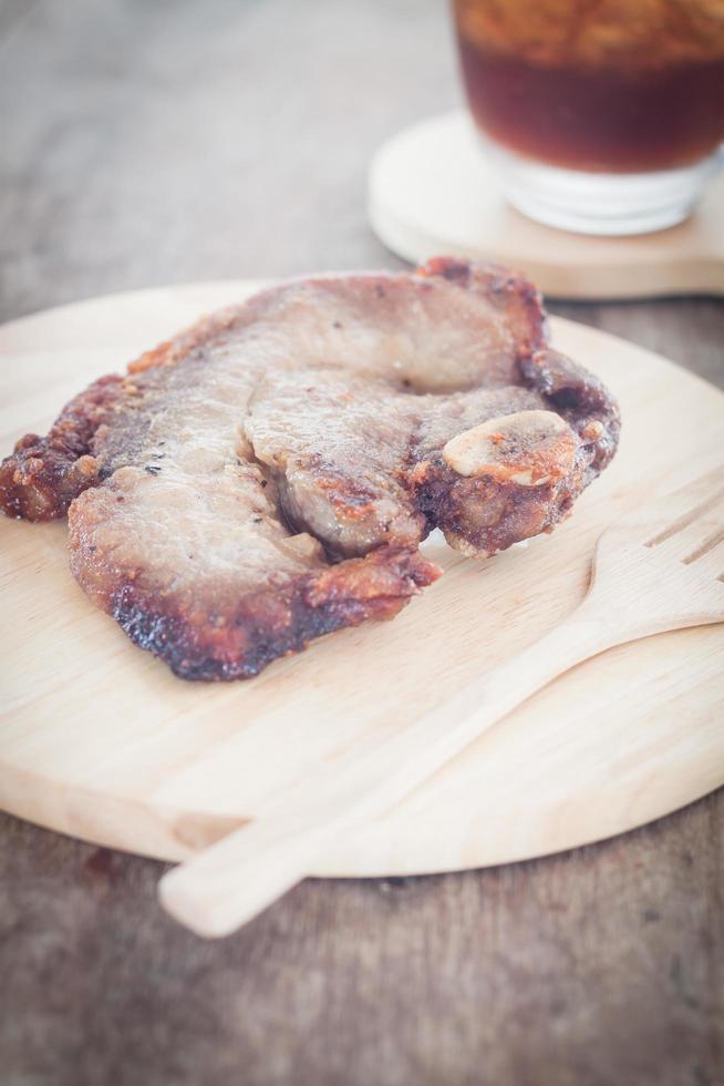 repas de steak de porc photo