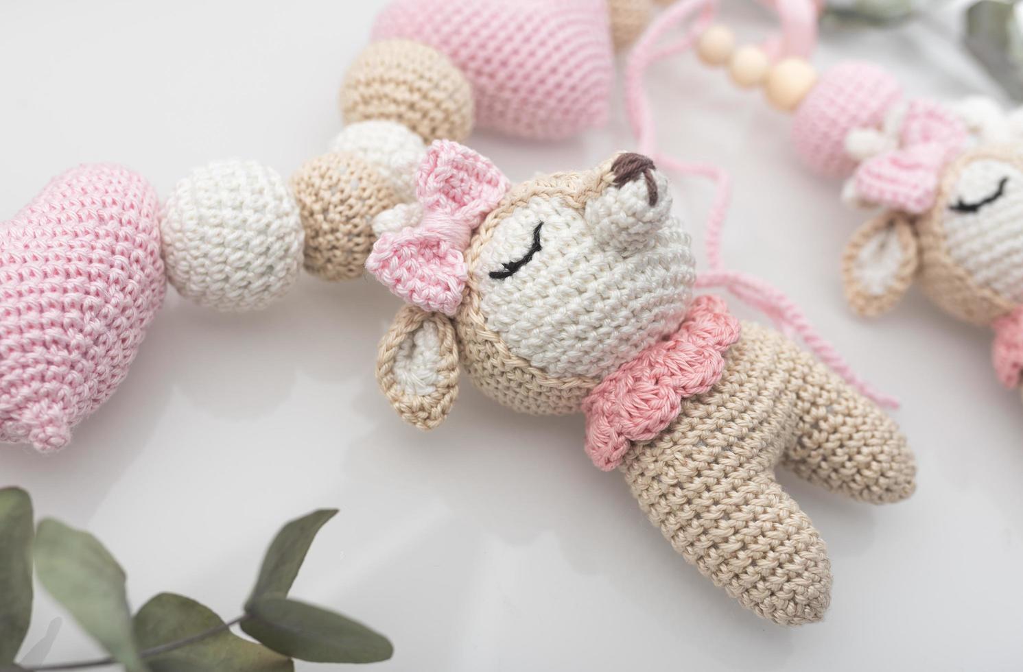 peluche ours rose et blanc photo