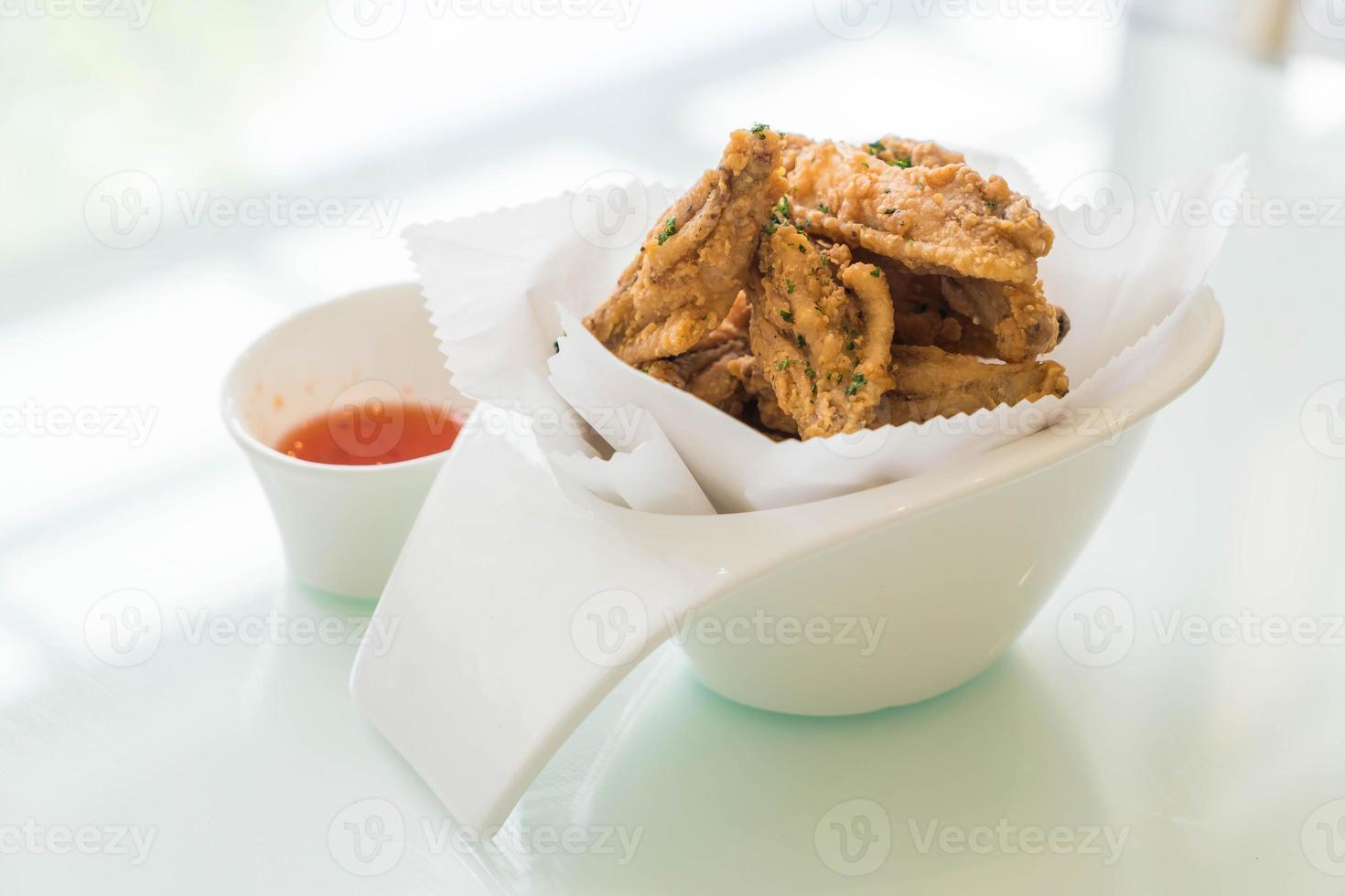 ailes de poulet frites photo