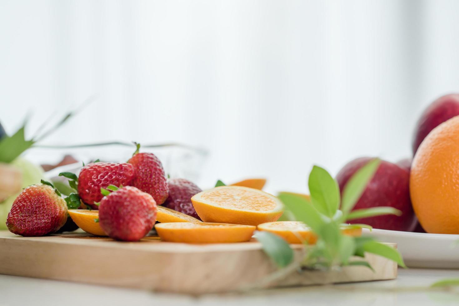 une variété de fruits frais photo