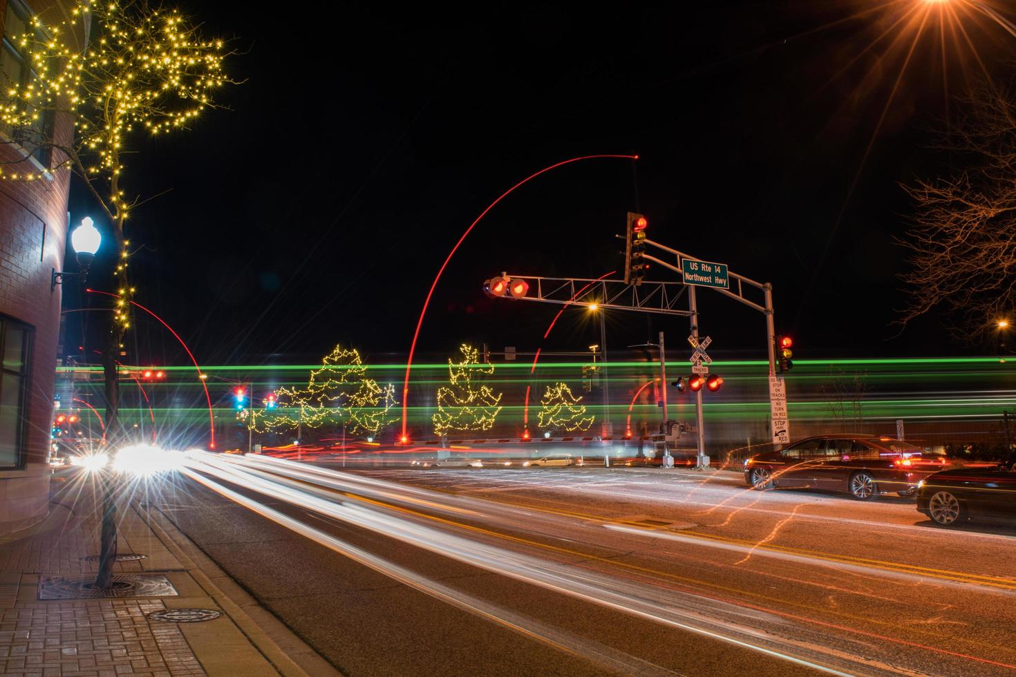 timelapse de voitures dans la rue photo