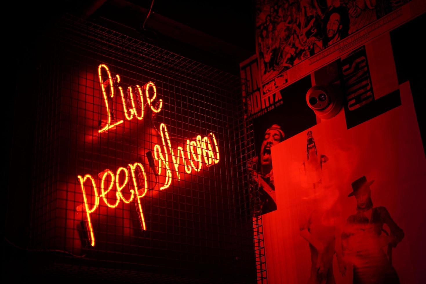 signalisation au néon live peep show photo