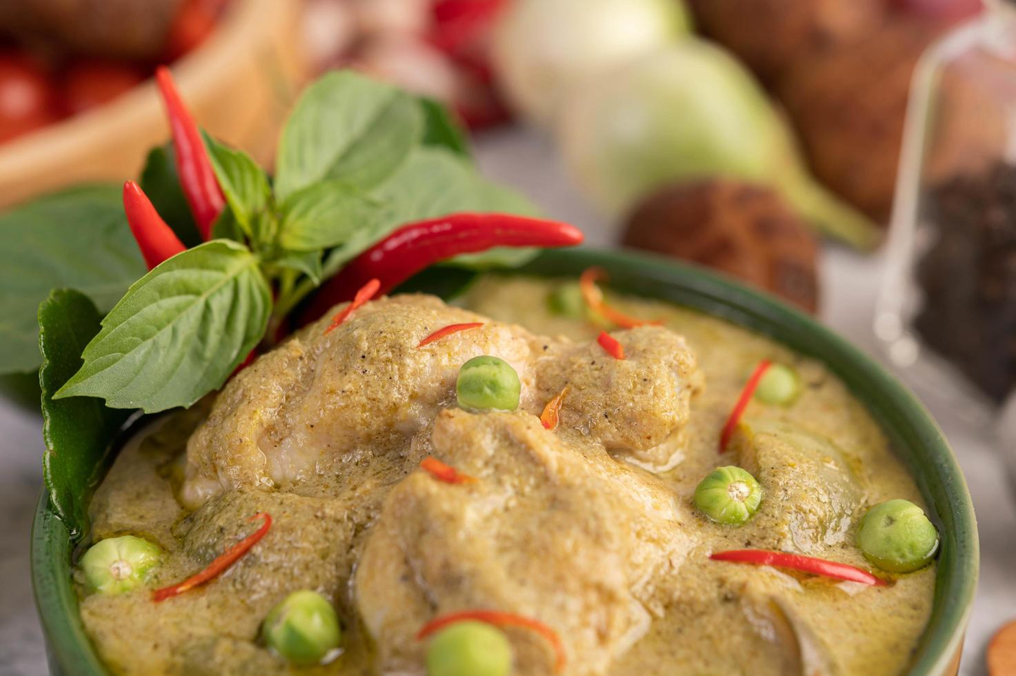 poulet au curry vert photo