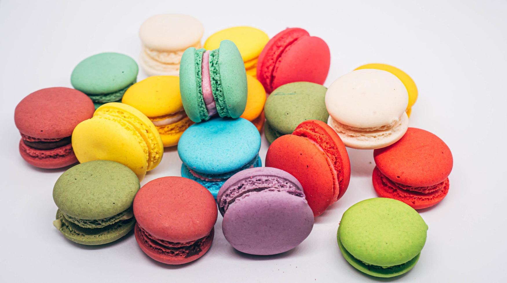 biscuits macaron vibrants photo