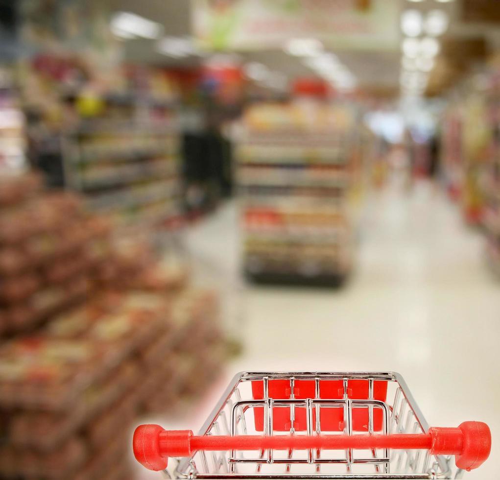 faire les courses en épicerie photo