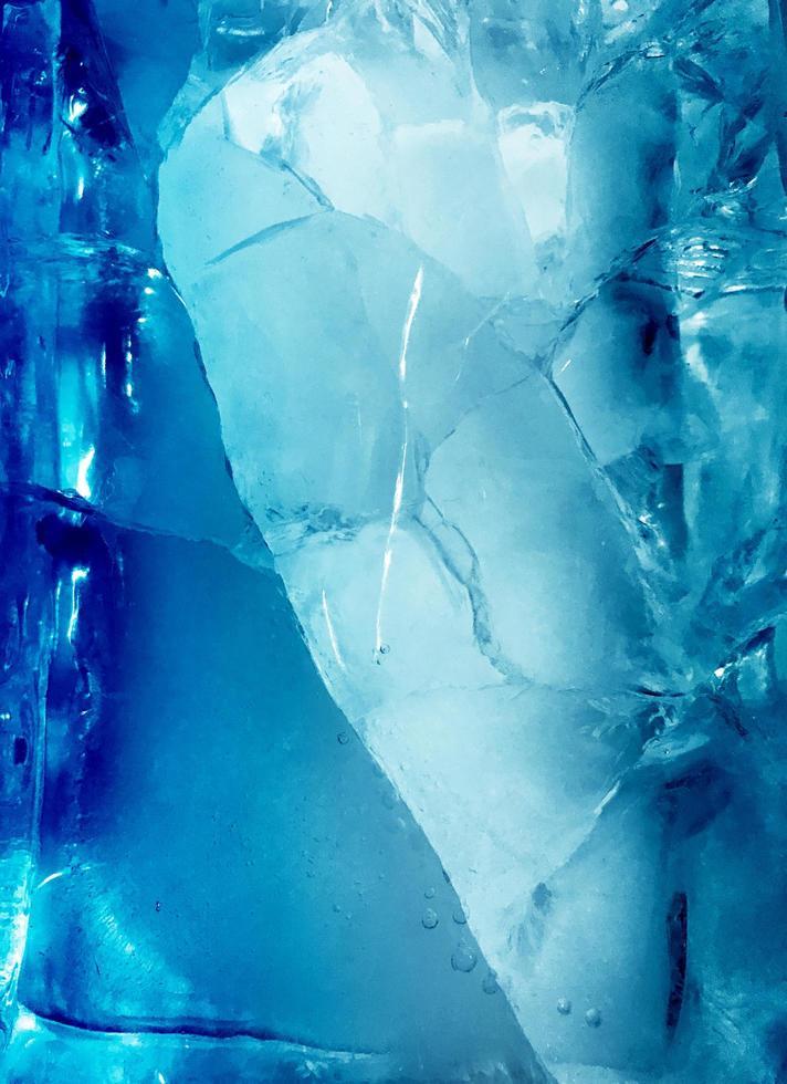 glace fissurée bleue photo