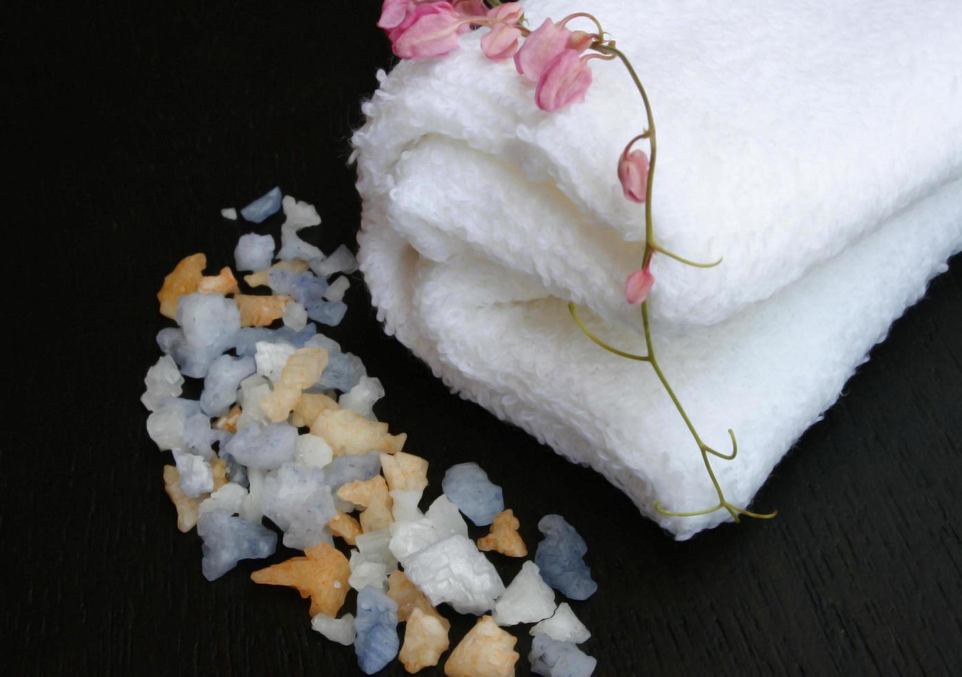 du sel et une serviette photo