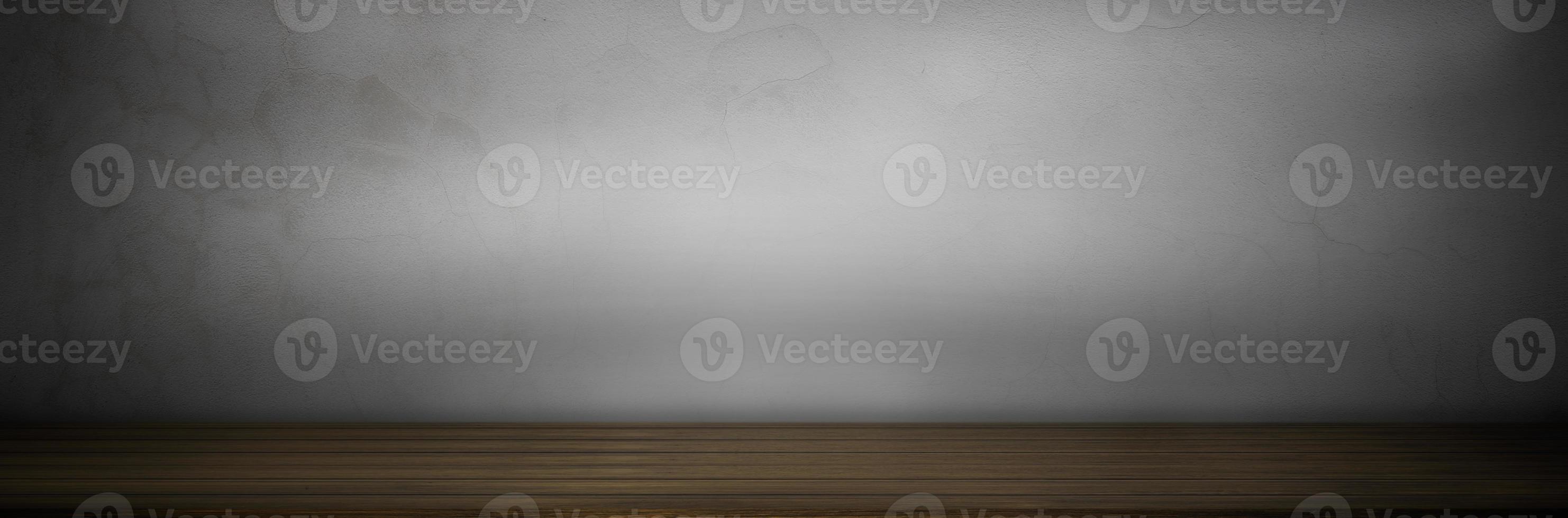 table en bois sur fond gris photo