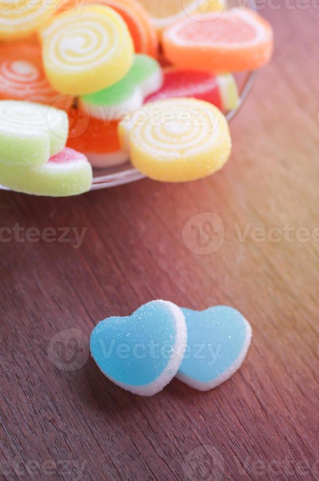 gelée de bonbons sucrés en forme de coeur photo