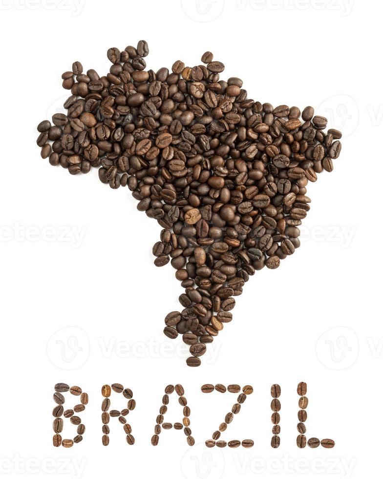 Carte du Burundi faite de grains de café torréfiés isolé sur fond blanc photo