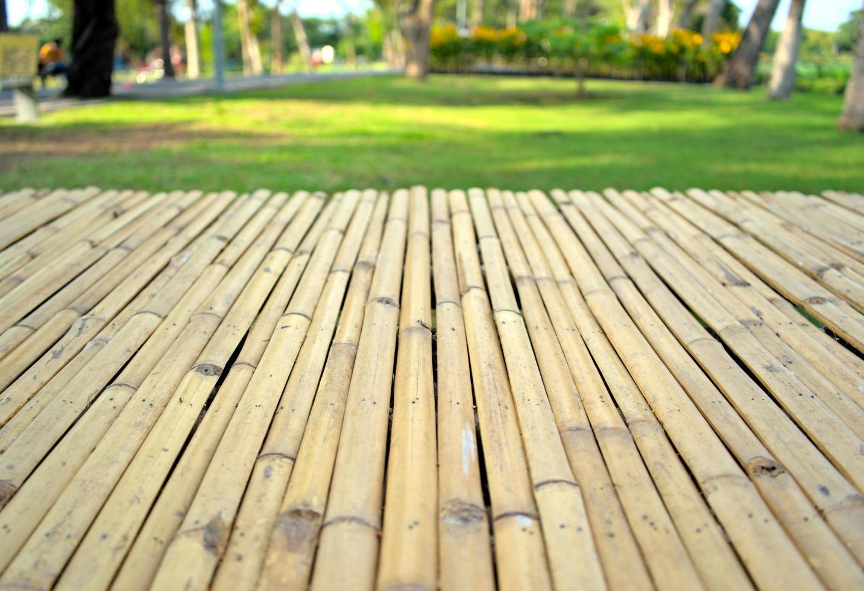 modèle de façade de planche de bois en bambou photo