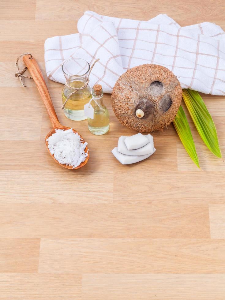 huile essentielle de noix de coco pour thérapie alternative photo