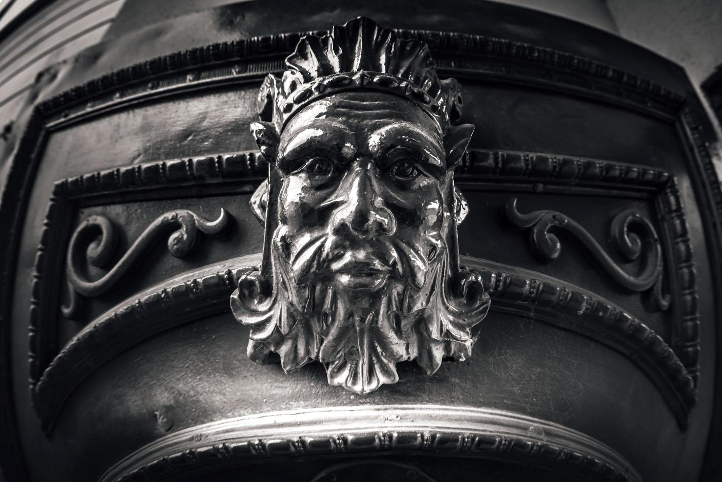 République tchèque 2017 - détail de la porte principale de la brasserie plzensky prazdroj photo