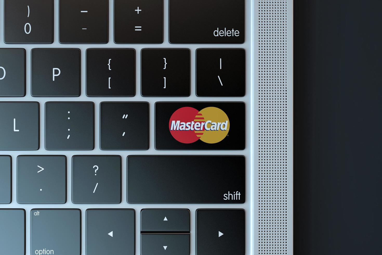 2018 - éditorial illustratif de l'icône de mastercard sur le clavier de l'ordinateur photo
