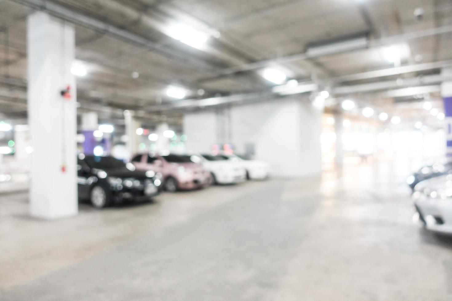 fond de garage défocalisé photo