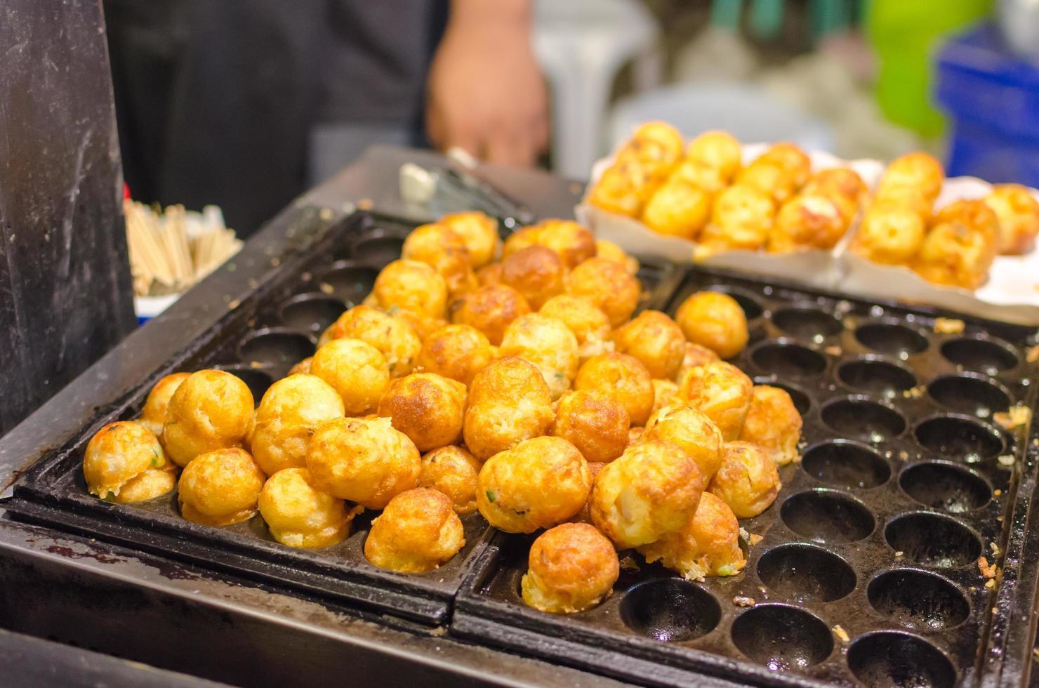 nourriture de rue takoyaki photo