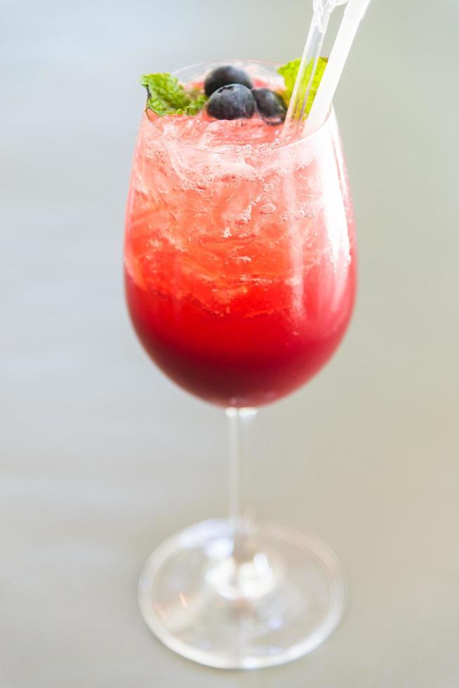 cocktail de fruits rouges photo