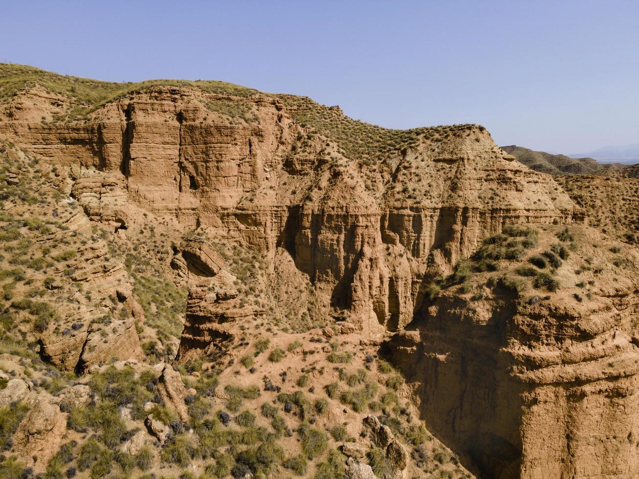 Vue aérienne de paysages de montagnes dans l'ouest des États-Unis photo