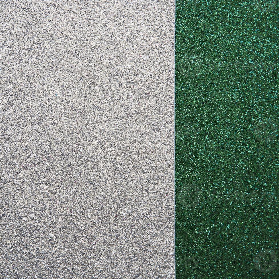 Vue grand angle du tapis vert et gris photo