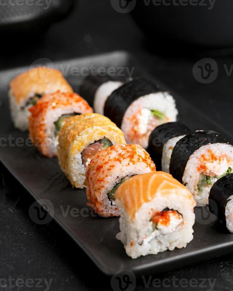 assiette gros plan de sushi photo