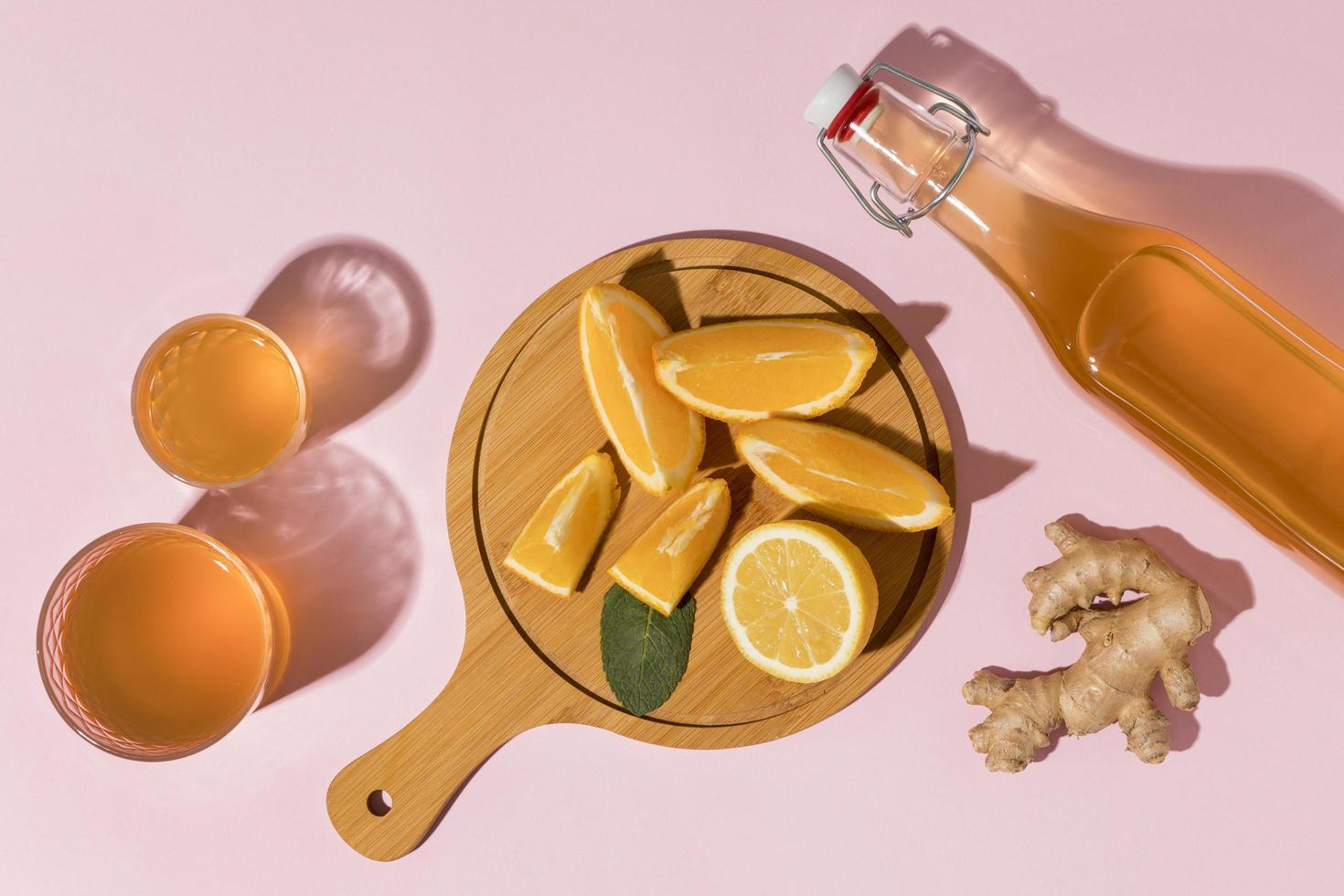 kombucha à l'orange et au gingembre photo